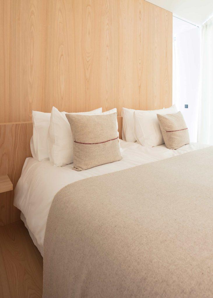 Zweites Schlafzimmer der Townsuite im Schgaguler Hotel in den Dolomiten