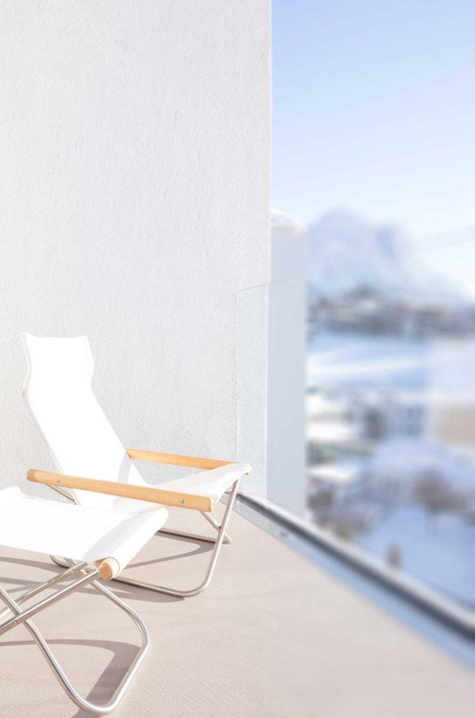 Balkon der Suite mit Blick zum Schlern in den Dolomiten